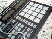 NATIVE INSTRUMENTS Computer Recording MASCHINE CONTROLLER